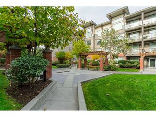 """Photo 19: 214 33539 HOLLAND Avenue in Abbotsford: Central Abbotsford Condo for sale in """"The Crossing"""" : MLS®# R2353047"""