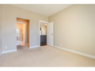 """Photo 12: 214 33539 HOLLAND Avenue in Abbotsford: Central Abbotsford Condo for sale in """"The Crossing"""" : MLS®# R2353047"""