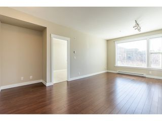 """Photo 2: 214 33539 HOLLAND Avenue in Abbotsford: Central Abbotsford Condo for sale in """"The Crossing"""" : MLS®# R2353047"""