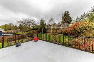 Photo 4: 7952 BURNFIELD Crescent in Burnaby: Burnaby Lake House for sale (Burnaby South)  : MLS®# R2357073