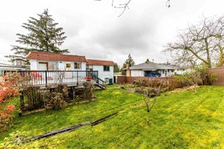 Photo 2: 7952 BURNFIELD Crescent in Burnaby: Burnaby Lake House for sale (Burnaby South)  : MLS®# R2357073