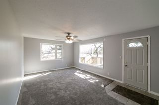 Photo 3: 27408 TWP RD 552: Rural Sturgeon County House for sale : MLS®# E4153850