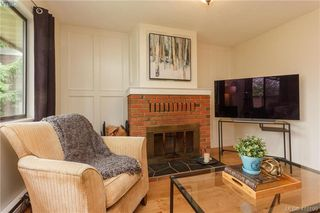 Photo 5: 6 4350 West Saanich Rd in VICTORIA: SW Royal Oak Row/Townhouse for sale (Saanich West)  : MLS®# 813072