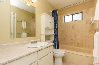 Photo 12: 6 4350 West Saanich Rd in VICTORIA: SW Royal Oak Row/Townhouse for sale (Saanich West)  : MLS®# 813072