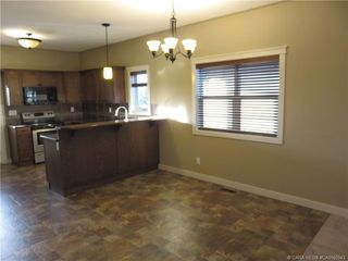 Photo 3: 127 GARRISON Circle in Red Deer: RR Garden Heights Residential for sale : MLS®# CA0165943