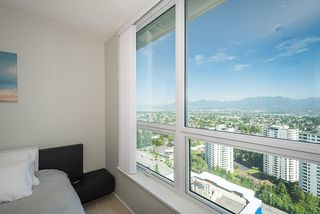 "Photo 10: 3101 5883 BARKER Avenue in Burnaby: Metrotown Condo for sale in ""ALDYNNE ON THE PARK"" (Burnaby South)  : MLS®# R2372659"