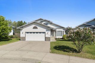 Photo 1: 6116 53 Avenue: Cold Lake House for sale : MLS®# E4162588