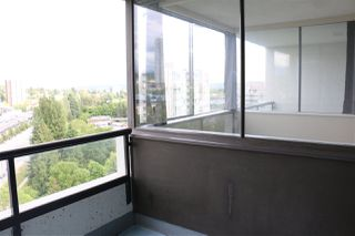 """Photo 15: 1305 9521 CARDSTON Court in Burnaby: Government Road Condo for sale in """"Concorde Place"""" (Burnaby North)  : MLS®# R2382964"""