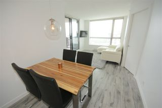 "Photo 5: 1208 813 AGNES Street in New Westminster: Downtown NW Condo for sale in ""NEWS"" : MLS®# R2391706"