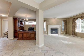 Photo 8: 2061 HADDOW Drive in Edmonton: Zone 14 House for sale : MLS®# E4178157