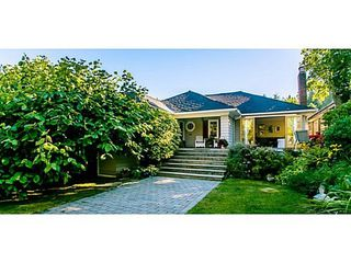 Photo 1: 6478 BAY Street in West Vancouver: Home for sale : MLS®# V1024837
