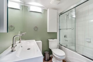 """Photo 15: 111 3136 ST JOHNS Street in Port Moody: Port Moody Centre Condo for sale in """"SONRISA"""" : MLS®# R2428417"""