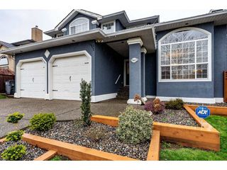 Photo 1: 5662 185 Street in Surrey: Cloverdale BC House for sale (Cloverdale)  : MLS®# R2430379