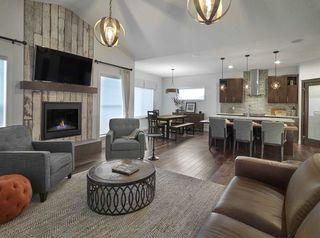 Photo 4: 1612 19 Street in Edmonton: Zone 30 House for sale : MLS®# E4191818