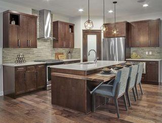 Photo 2: 1612 19 Street in Edmonton: Zone 30 House for sale : MLS®# E4191818