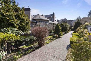 "Photo 1: 212 74 MINER Street in New Westminster: Fraserview NW Condo for sale in ""Fraserview Park"" : MLS®# R2447803"