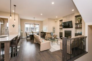 Photo 1: 7207 May Road in Edmonton: Zone 14 House Half Duplex for sale : MLS®# E4192684