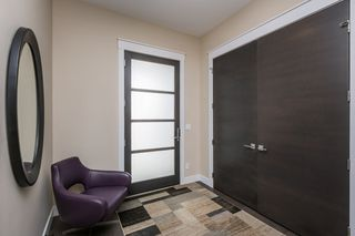 Photo 4: 7207 May Road in Edmonton: Zone 14 House Half Duplex for sale : MLS®# E4192684