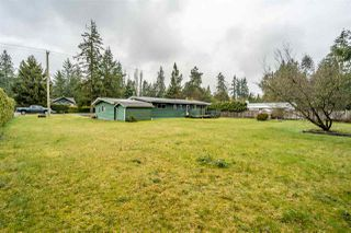 Photo 2: 24633 56 Avenue in Langley: Salmon River House for sale : MLS®# R2449691