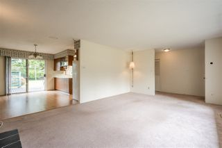 Photo 5: 24633 56 Avenue in Langley: Salmon River House for sale : MLS®# R2449691