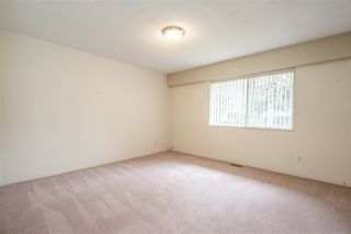 Photo 13: 24633 56 Avenue in Langley: Salmon River House for sale : MLS®# R2449691