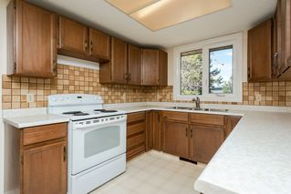 Photo 11: 318 Grand Meadow Crescent in Edmonton: Zone 29 House for sale : MLS®# E4194833