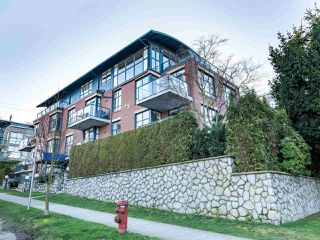 "Photo 4: 101 1725 BALSAM Street in Vancouver: Kitsilano Condo for sale in ""Balsam House"" (Vancouver West)  : MLS®# R2454346"