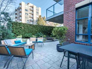 "Photo 2: 101 1725 BALSAM Street in Vancouver: Kitsilano Condo for sale in ""Balsam House"" (Vancouver West)  : MLS®# R2454346"