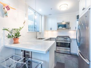 "Photo 13: 101 1725 BALSAM Street in Vancouver: Kitsilano Condo for sale in ""Balsam House"" (Vancouver West)  : MLS®# R2454346"