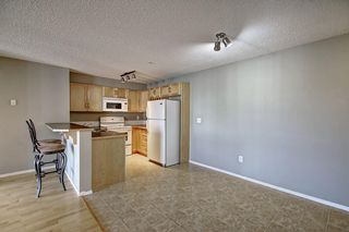 Photo 6: 2311 43 COUNTRY VILLAGE Lane NE in Calgary: Country Hills Village Apartment for sale : MLS®# C4300426