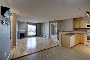 Photo 12: 2311 43 COUNTRY VILLAGE Lane NE in Calgary: Country Hills Village Apartment for sale : MLS®# C4300426