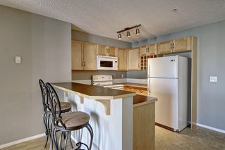Photo 5: 2311 43 COUNTRY VILLAGE Lane NE in Calgary: Country Hills Village Apartment for sale : MLS®# C4300426