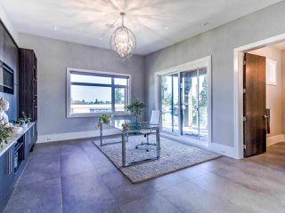 Photo 19: 15948 BUENA VISTA Avenue: White Rock House for sale (South Surrey White Rock)  : MLS®# R2487811