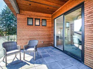Photo 21: 15948 BUENA VISTA Avenue: White Rock House for sale (South Surrey White Rock)  : MLS®# R2487811