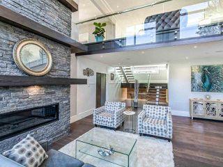 Photo 4: 15948 BUENA VISTA Avenue: White Rock House for sale (South Surrey White Rock)  : MLS®# R2487811