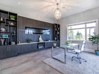 Photo 18: 15948 BUENA VISTA Avenue: White Rock House for sale (South Surrey White Rock)  : MLS®# R2487811