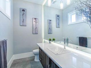 Photo 27: 15948 BUENA VISTA Avenue: White Rock House for sale (South Surrey White Rock)  : MLS®# R2487811