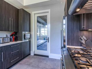 Photo 14: 15948 BUENA VISTA Avenue: White Rock House for sale (South Surrey White Rock)  : MLS®# R2487811
