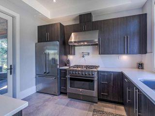 Photo 13: 15948 BUENA VISTA Avenue: White Rock House for sale (South Surrey White Rock)  : MLS®# R2487811