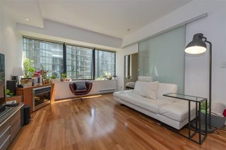 Photo 4: 808 1333 W GEORGIA Street in Vancouver: Coal Harbour Condo for sale (Vancouver West)  : MLS®# R2502064