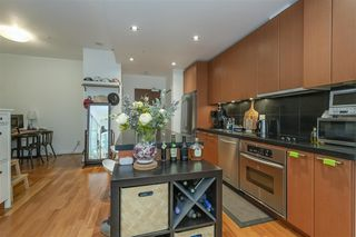 Photo 8: 808 1333 W GEORGIA Street in Vancouver: Coal Harbour Condo for sale (Vancouver West)  : MLS®# R2502064