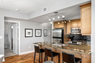 Photo 7: 1803 910 5 Avenue SW in Calgary: Downtown Commercial Core Apartment for sale : MLS®# A1038333