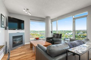 Photo 3: 1803 910 5 Avenue SW in Calgary: Downtown Commercial Core Apartment for sale : MLS®# A1038333