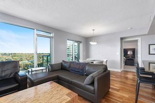 Photo 5: 1803 910 5 Avenue SW in Calgary: Downtown Commercial Core Apartment for sale : MLS®# A1038333