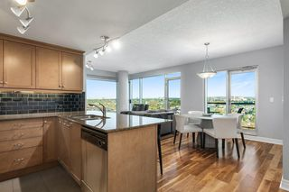 Photo 11: 1803 910 5 Avenue SW in Calgary: Downtown Commercial Core Apartment for sale : MLS®# A1038333