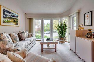 Photo 7: 16 Douglas Woods View SE in Calgary: Douglasdale/Glen Detached for sale : MLS®# A1041640