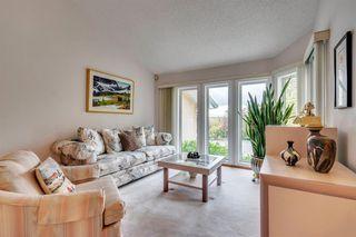 Photo 5: 16 Douglas Woods View SE in Calgary: Douglasdale/Glen Detached for sale : MLS®# A1041640