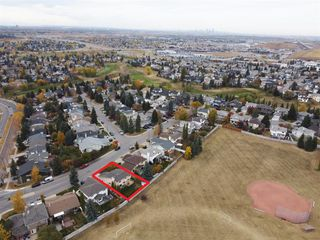 Photo 49: 16 Douglas Woods View SE in Calgary: Douglasdale/Glen Detached for sale : MLS®# A1041640