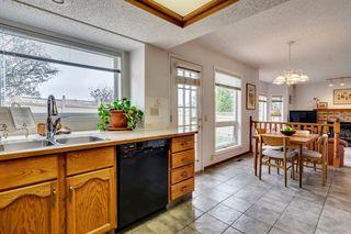 Photo 13: 16 Douglas Woods View SE in Calgary: Douglasdale/Glen Detached for sale : MLS®# A1041640