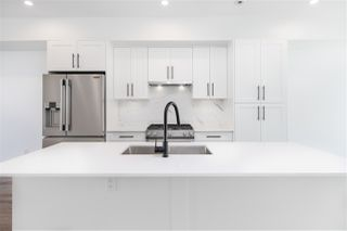 """Main Photo: 11 19624 56 Avenue in Langley: Langley City Townhouse for sale in """"WINSTON TERRACES"""" : MLS®# R2512831"""